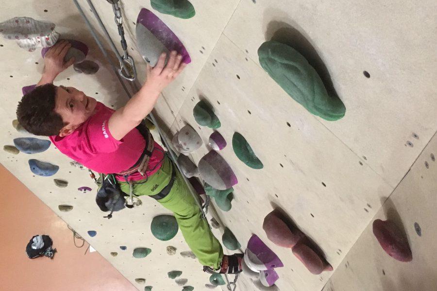 Klettern in der Halle oder Klettern am Fels?