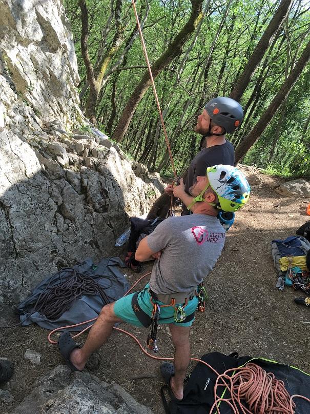Kletterführer lesen Kletterkurs für Anfänger