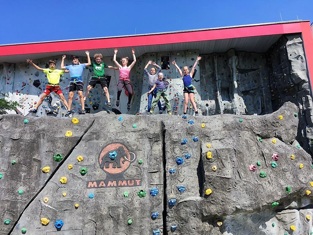 Kindergeburtstag beim Klettern